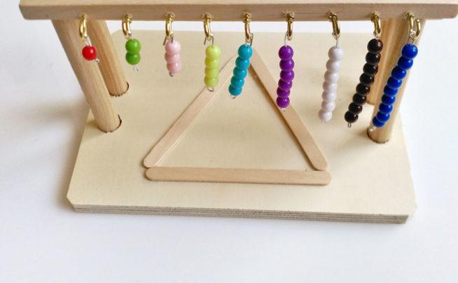 Ambiente Montessori con creación de materiales